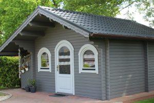 Gartenhütte in RAL 9005